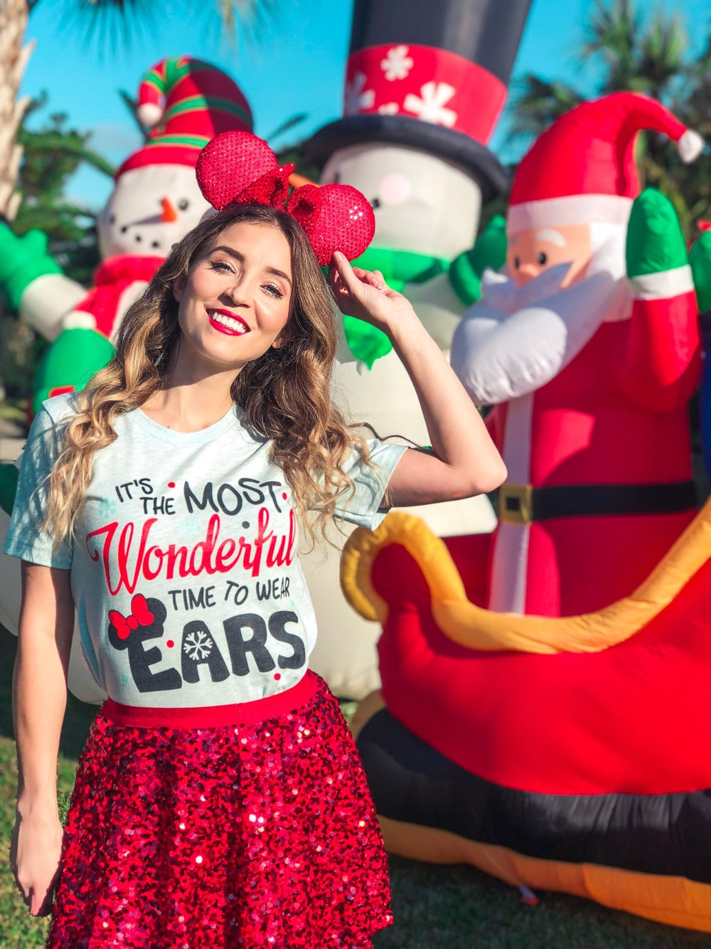 5 Disney Christmas Outfit Ideas
